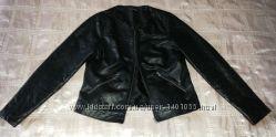 Куртка стильная стеганая кожзам р. 46-48