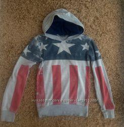 Кофта свитер фирменный. Размер 13-15 лет.