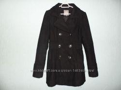 Женское пальто OUT WEAR в идеальном состоянии
