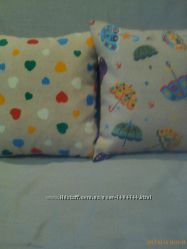 Текстиль в детскую подушки , коврики- лежанки