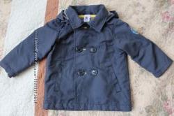 Курточка, плащик, ветровка C&A