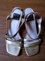 Женские туфли босоножки MOOTSIES TOOTSIES Collection Оригинал из США р-р 37