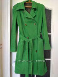 Плащ женский весенний зеленый