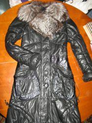 Теплое пальто пуховик из натуральной кожи с чернобуркой Роксан