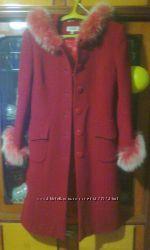 Красное пальто. Пальто осень-весна