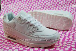 Женские кроссовки lemax