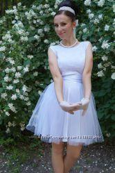 Стильное свадебноевечернее платье