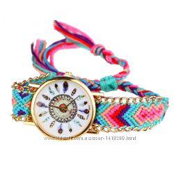 Часы на плетеном ремешке