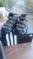 Зимние ботиночки Adidas 27 р-р 17, 5 см стелька
