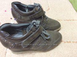 Демисезонные ботиночки или ботильончики 39 размера
