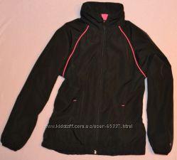 Куртка, ветровка  рост 140 см
