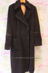 Женское пальто с четвертными рукавами