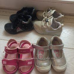 Обувь разная 21 размера девочке