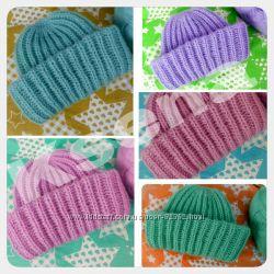 Разноцветные мохеровые шапки