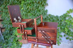 Деревянная раскладная шкатулка для косметики, украшений и рукоделия