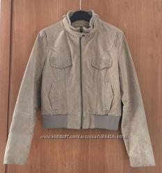 Стильная куртка на девушку Кастро