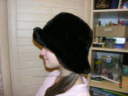 Меховая шапка шляпка мутон черная теплющая