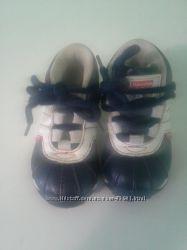 Ботиночки Фишер прайс на модника